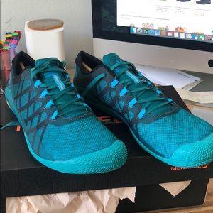 Shoes - Merrell Vapor Glove 3